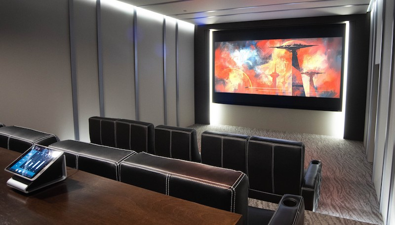 Seymour-Screen Excellence Simplifies Projection Screen Masking