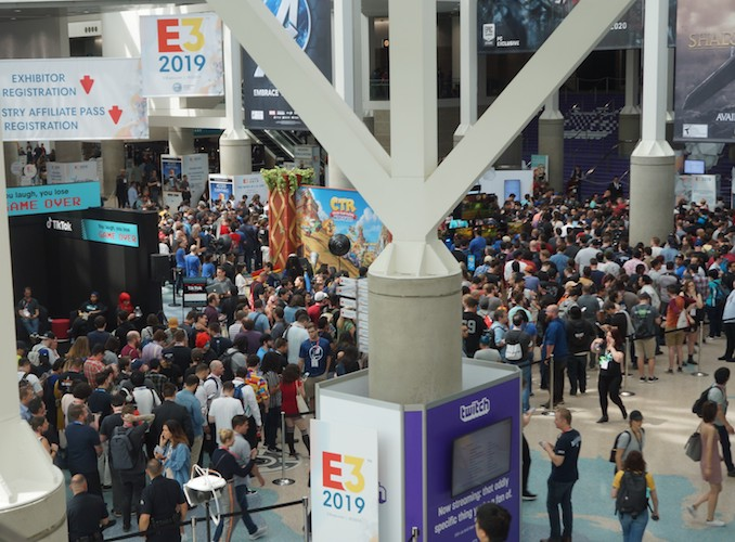 E3 2019 crowd shot